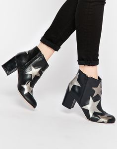ankle_boots_stars