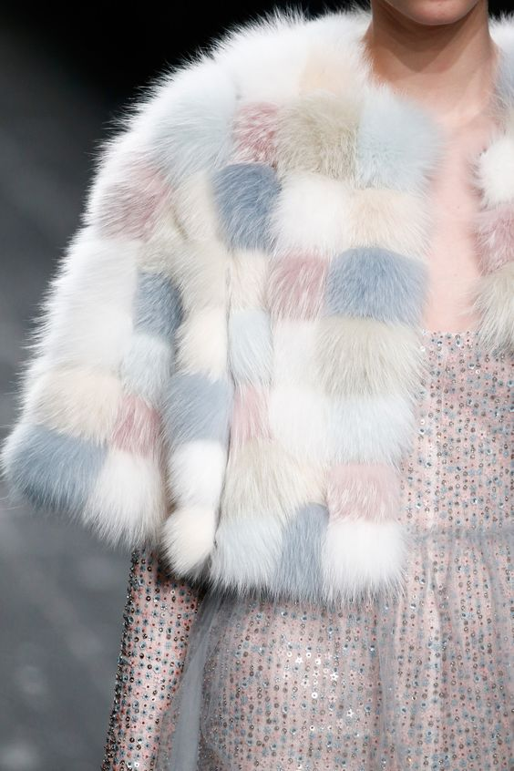 valentino_color_fur