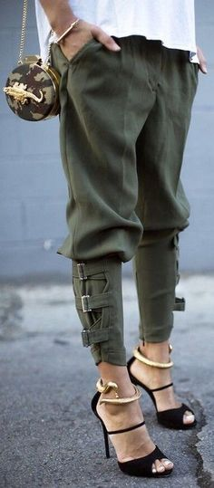 khaki-pants-4