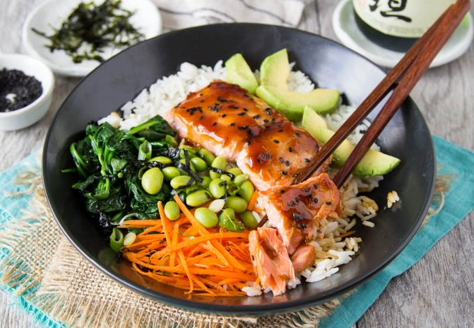 teriyaki-salmon-bowl-featured