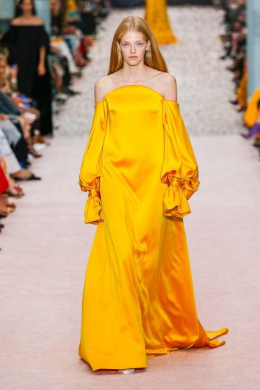 yellow_carolina_herrera_2019